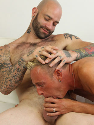 Gay sex with huge cock