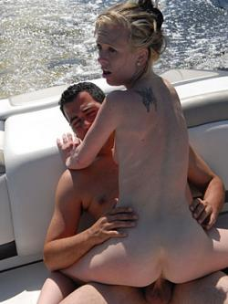 Scarlett not wanting to be out done by her friend, takes a ride with the Bang Boat �